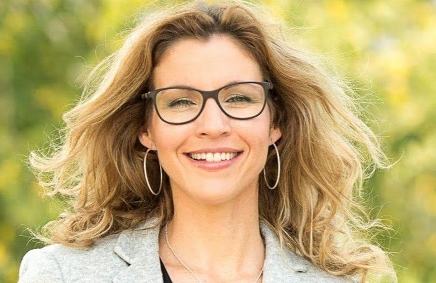 LA CONSEILLÈRE DE SAINT-BRUNO, CAROLINE COSSETTE QUITTE LE PARTI MONTARVILLOIS