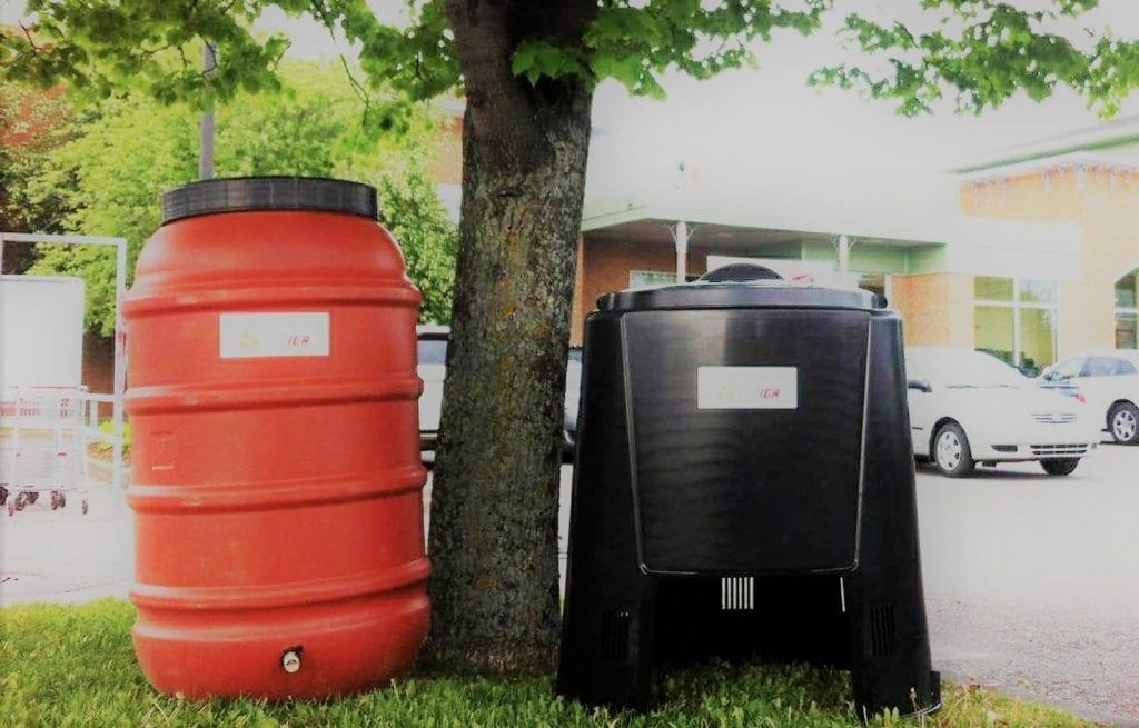 Barils récupérateurs d'eau de pluie et composteurs domestiques à prix réduit pour les Montarvillois