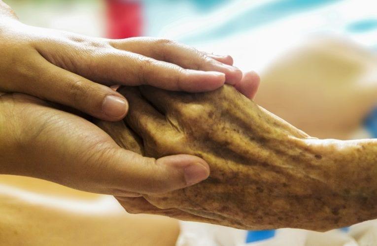 Journée mondiale de lutte contre la maltraitance des personnes aînées: chaque  gestes de bienveillance compte!