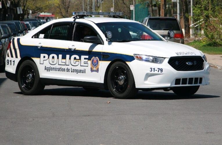 Opération policière anti propagation de la COVID:  restaurateurs de Saint-Bruno visité
